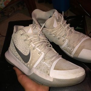 Nike kyrie 3, silver and white